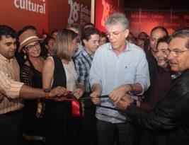 Ricardo abre 28º Salão do Artesanato da Paraíba e assina contratos do Empreender em Campina Grande