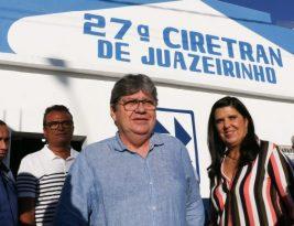 João Azevêdo entrega Ciretran, sistema de dessalinização e autoriza obra de esgotamento sanitário em Juazeirinho