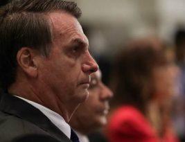 Bolsonaro chama de 'idiotas úteis' manifestantes em prol da educação