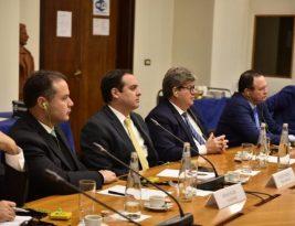 João discute infraestrutura e cooperação econômica em seu último dia de agenda na Itália