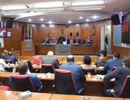 CMJP aprova reajuste linear de 13% aos profissionais da Educação de João Pessoa