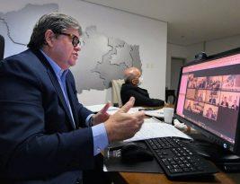 João Azevedo anuncia para segunda-feira reabertura da economia paraibana; municípios vão poder reabrir comércio por bandeiras