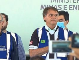 Presidente Bolsonaro visita a Paraíba pela segunda vez e discursa para o público em Coremas