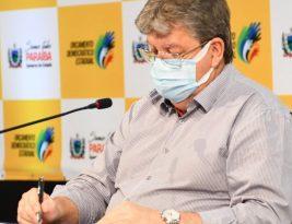 João Azevedo está preocupado com alta de mortes por coronavirus na Paraíba e pede que candidatos não façam carreatas e passeatas