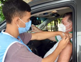 Prefeitura da Capital aplica segunda dose da vacina contra covid-19 em pessoas com 78 anos ou mais