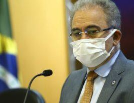 Fim da pandemia no Brasil ainda está muito distante, segundo Marcelo Queiroga