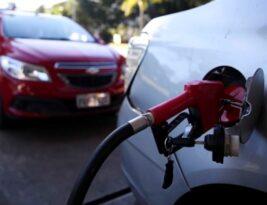 Petrobras anuncia novos reajustes nos preços da gasolina e do gás de cozinha a partir deste sábado